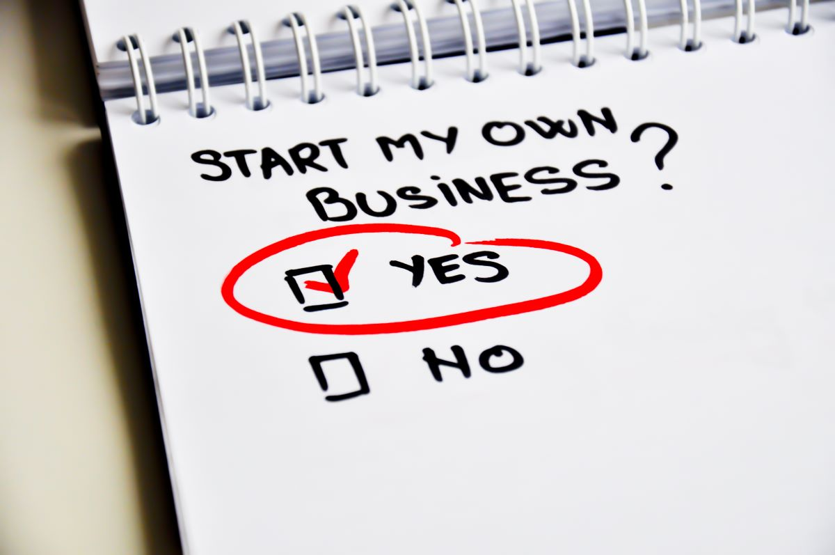 start my own business written on notepad with yes checked and encircled